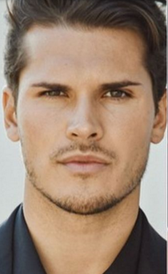 Hot Spice Gleb... We'd tango with him anyday, or night.